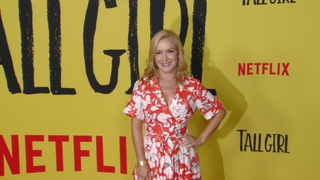 angela kinsey at the netflix tall girl special screening in los angeles ca - angela kinsey stock videos and b-roll footage