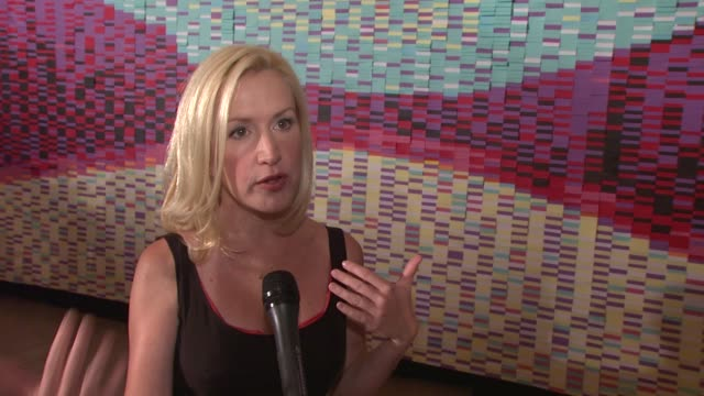 angela kinsey on how serious the entrants' subject matters were at the angela kinsey unveils postit 30th anniversary billboard at new york ny - angela kinsey stock videos and b-roll footage
