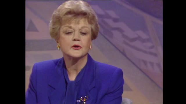 angela lansbury on her surprise at her career developing as she has grown older. - celebritet bildbanksvideor och videomaterial från bakom kulisserna
