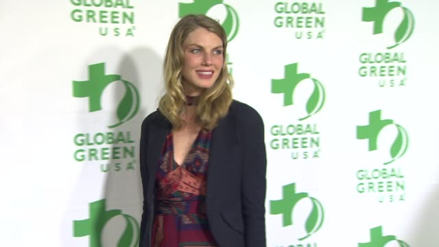 vídeos de stock e filmes b-roll de angela lindvall at global green usa's 10th annual preoscar party on 2/20/13 in los angeles ca - festa do óscar