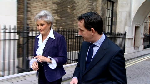 angela rippon along with reporter and interview sot - angela rippon video stock e b–roll