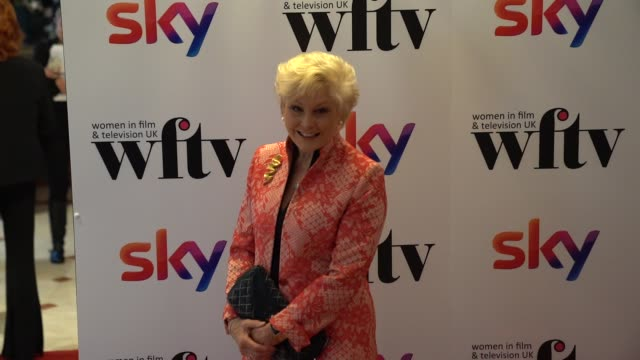 angela rippon attends the women in film and tv awards 2019 at hilton park lane on december 06, 2019 in london, england. - アンジェラ リッポン点の映像素材/bロール