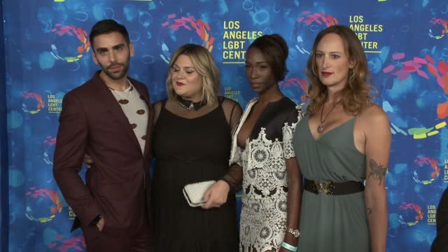 stockvideo's en b-roll-footage met angelica ross jen richards and nicolette mason at the los angeles lgbt center's 47th anniversary gala vanguard awards at pacific design center on... - anniversary gala vanguard awards