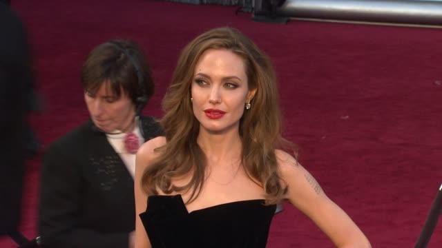 angelina jolie at 84th annual academy awards - arrivals on 2/26/12 in hollywood, ca. - academy awards stock-videos und b-roll-filmmaterial
