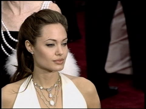 Angelina Jolie at the 2004 Academy Awards Arrivals at the Kodak Theatre in Hollywood California on February 29 2004