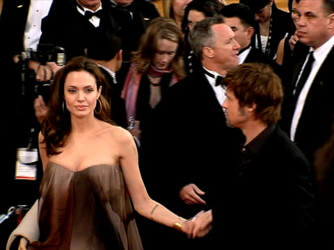 angelina jolie brad pitt at the 14th annual screen actors guild awards at los angeles ca - 映画俳優組合点の映像素材/bロール
