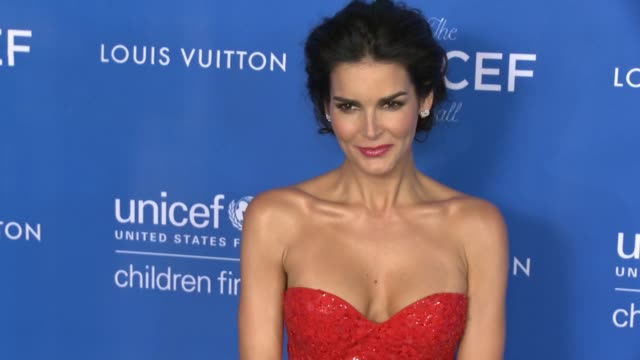 angie harmon at sixth biennial unicef ball honoring david beckham and c.l. max mikias presented by louis vuitton in los angeles, ca 1/12/16 - angie harmon stock videos & royalty-free footage