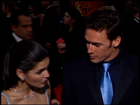 angie harmon at the 2000 screen actors guild sag awards at the shrine auditorium in los angeles california on march 12 2000 - angie harmon stock videos & royalty-free footage