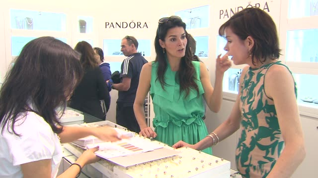 angie harmon at the angie harmon hosts pandora mother's day event at santa monica ca - angie harmon stock videos & royalty-free footage