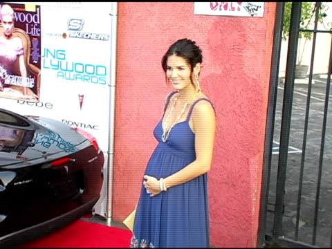 angie harmon at the hollywood life's young hollywood awards and afterparty sponsored by axe on may 1 2005 - angie harmon stock videos & royalty-free footage