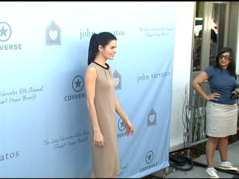 angie harmon at the john varvatos 6th annual stuart house benefit on march 9 2008 - angie harmon stock videos & royalty-free footage
