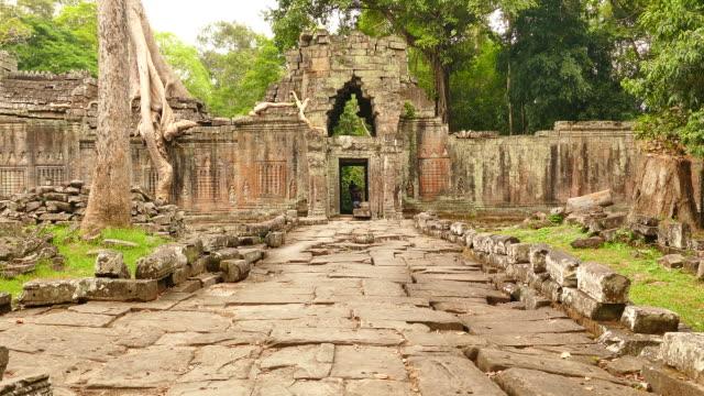 angkor preah khan temple at angkor thom in cambodia - circa 13th century stock videos & royalty-free footage