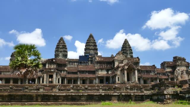 angkor wat temple, national landmark of cambodia - circa 13th century stock videos & royalty-free footage