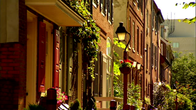 angled restored residential colonial & federal period homes. national historic landmark, 18th & 19th century, middle class, urban. - middle class stock videos & royalty-free footage