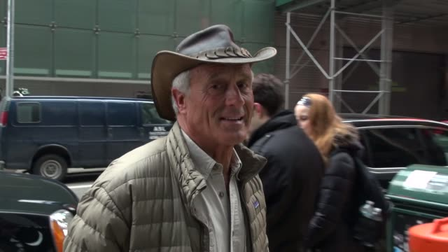 animal expert jack hanna outside the the good morning america show in celebrity sightings in new york, - jack hanna stock-videos und b-roll-filmmaterial