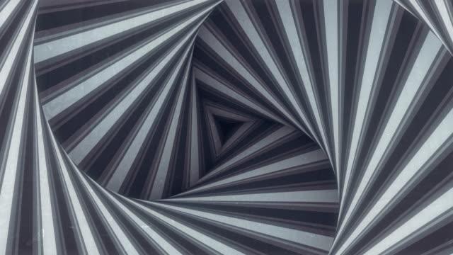 animierter hypnotischer rotationsspiraltunnel mit weißen und schwarzen linien. gestreifte optische täuschung dreidimensionale formmuster. 3d render digitale nahtlose schleife animation. 4k, ultra hd auflösung - maßwerk stock-videos und b-roll-filmmaterial
