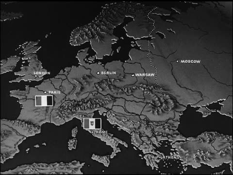 vídeos de stock e filmes b-roll de map animated map of europe w/ ussr soviet communist symbol of 'hammer and sickle' moving east across europe - 1947