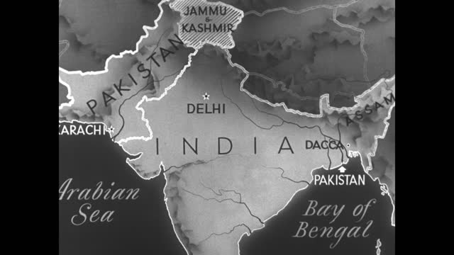 stockvideo's en b-roll-footage met animated map of india showing arabian sea and bay of bengal; pakistan appears along with assam, jammu and kashmir / note: exact month/day not known - reportage afbeelding