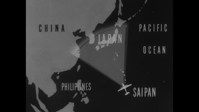 vídeos de stock e filmes b-roll de animated map shows path from saipan to japan / vs b-29 bombers in air over pacific ocean / note: exact day not known - pacific war