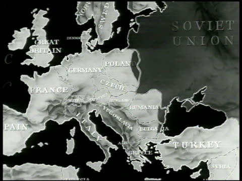 animated map w/ dark spreading communism moving from ussr into europe then over china - comunismo video stock e b–roll