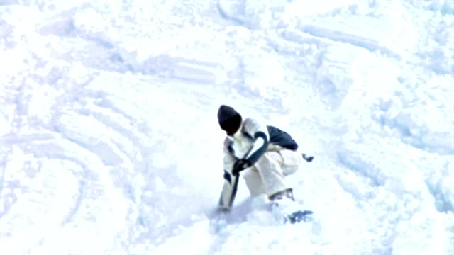 hd: animated snowboarder - downhill skiing stock videos & royalty-free footage
