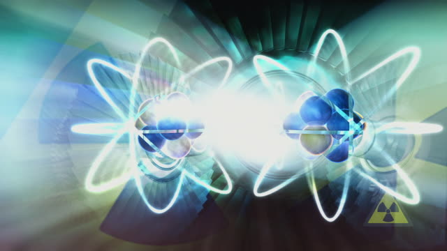 animation nuclear fission occurring when uranium atom is split by neutron, resulting in energy and two neutrons - neutron stock-videos und b-roll-filmmaterial