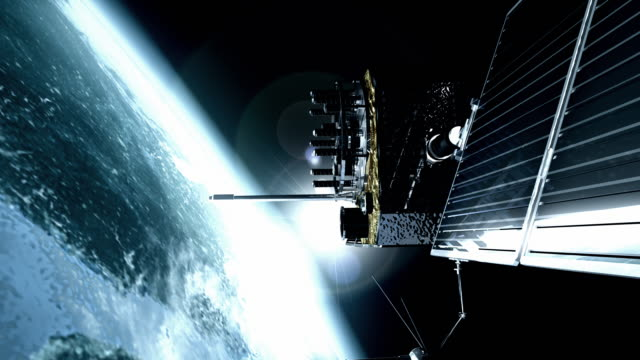 vidéos et rushes de animation of gps (global positioning system) satellite orbiting the earth. the gps satellites transmit signals to the surface that allow gps receivers to pinpoint their exact location - surveillance