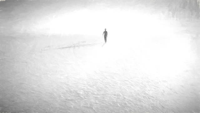 vidéos et rushes de animation de quelqu'un à pied éternité - être seul