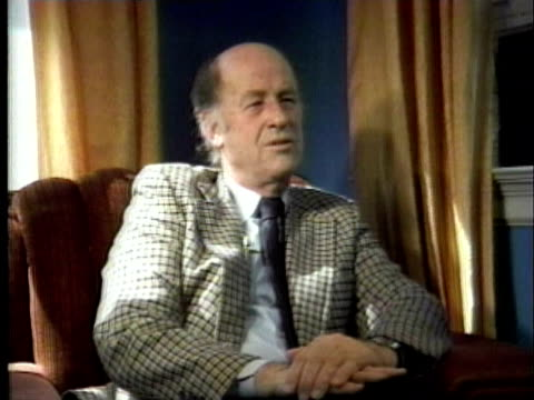 animator ray harryhausen being interviewed / united states / audio - one senior man only stock videos & royalty-free footage