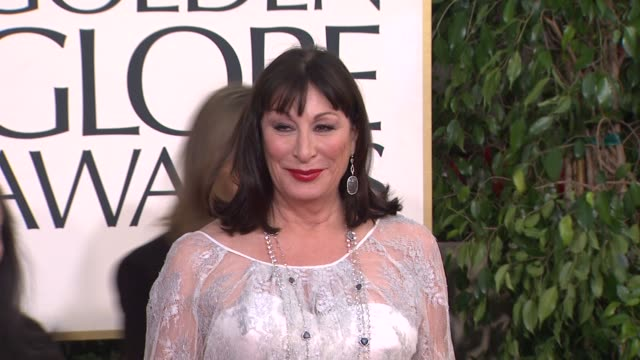 anjelica huston at 70th annual golden globe awards arrivals 1/13/2013 in beverly hills ca - anjelica huston stock videos & royalty-free footage