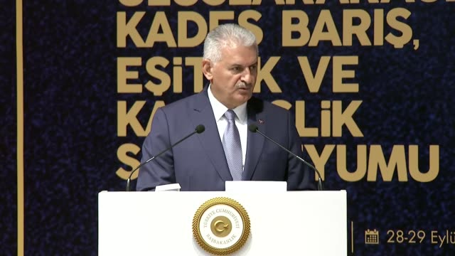ankara on thursday moved to bar kurdish regional government envoys from returning to turkey turkish prime minister binali yildirim said turkey's... - türkischer premierminister stock-videos und b-roll-filmmaterial