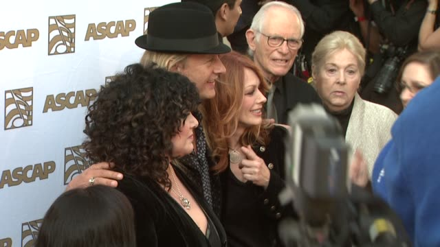 vidéos et rushes de ann wilson, jerry cantrell, nancy wilson at the 26th annual ascap pop music awards at hollywood ca. - ascap