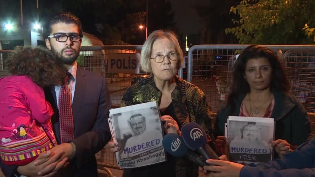 ann wright, a retired u.s. diplomat and activist, speaks to reporters about the missing saudi journalist jamal khashoggi outside the saudi consulate... - 大使点の映像素材/bロール