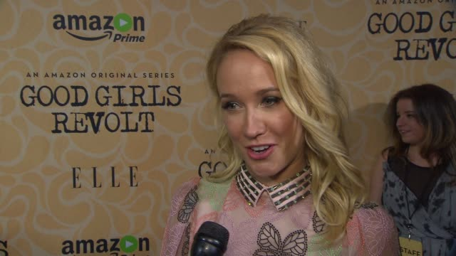 INTERVIEW – Anna Camp On who she's wearing tonight On the series and what it's about On how it's a bit of Sex In the City Mad Men and Newsroom It's...