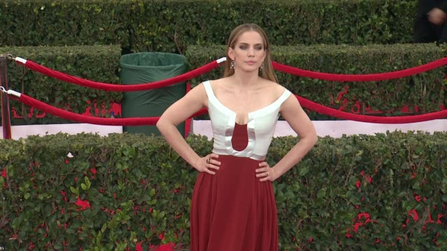 anna chlumsky at 21st annual screen actors guild awards arrivals in los angeles ca - escada stock videos & royalty-free footage
