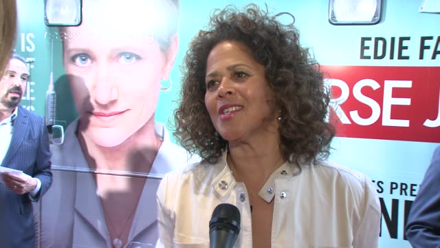 anna deavere smith on her character the relationship her character has with nurse jackie and what makes this show different from other hospital shows... - nurse jackie video stock e b–roll