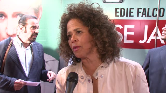 anna deavere smith on how she feels to be here and falco at the world premiere of showtime's 'nurse jackie' at new york ny - nurse jackie video stock e b–roll