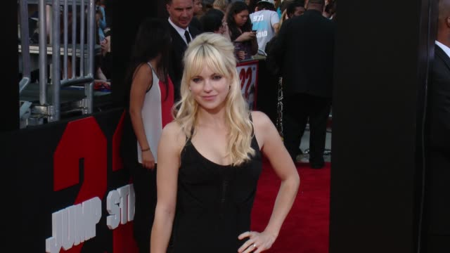 anna faris at 22 jump street los angeles premiere at regency village theatre on june 10 2014 in westwood california - regency style stock videos and b-roll footage