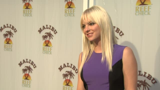 anna faris at the anna faris hosts the malibu _ and reef check partnership event at beverly hills ca - anna faris stock videos and b-roll footage