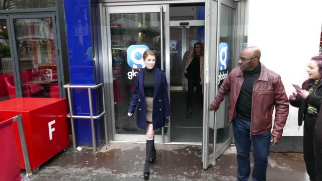 vídeos y material grabado en eventos de stock de anna kendrick at bbc radio one promoting new movie 'trolls 2' at celebrity sightings in london on february 13, 2020 in london, england. - bbc radio