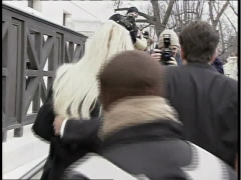 anna nicole smith and her lawyer howard k. stern arrive at the supreme court on 2/28/06 for the hearing involving her late husbandõs estate. - anna nicole smith stock videos & royalty-free footage