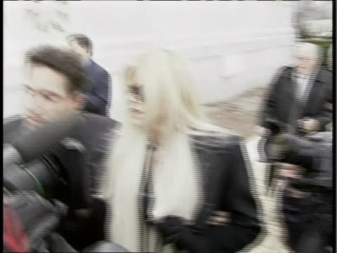 anna nicole smith arrives at the supreme court on 2/28/06 for the hearing involving her late husbandõs estate. - anna nicole smith stock videos & royalty-free footage