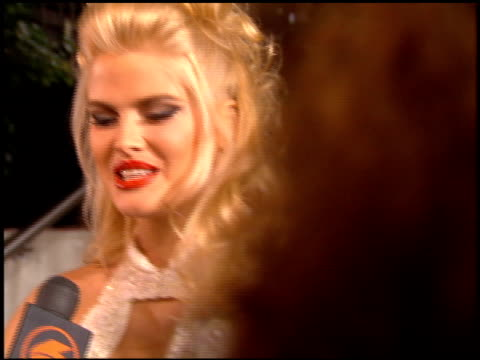 anna nicole smith at the 'ready to wear' premiere on december 20, 1994. - anna nicole smith stock videos & royalty-free footage