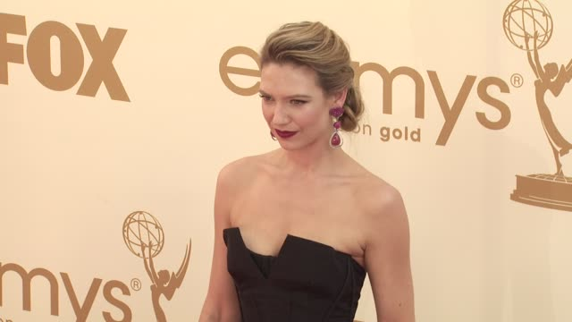 anna torv at the 63rd primetime emmy awards arrivals part 1 at los angeles ca - エミー賞点の映像素材/bロール