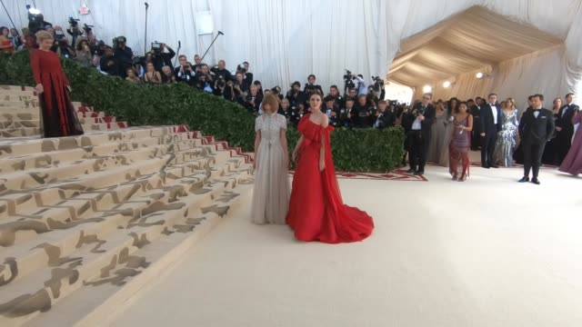 Anna Wintour Anne Hathaway at Heavenly Bodies Fashion The Catholic Imagination Costume Institute Gala Alternative Views at The Metropolitan Museum of...