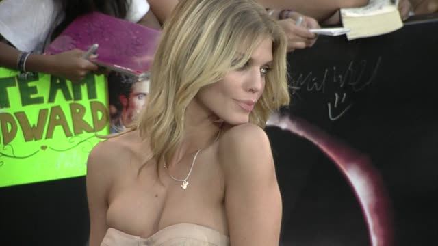 AnnaLynne McCord at the 'The Twilight Saga Eclipse' Premiere at Los Angeles CA