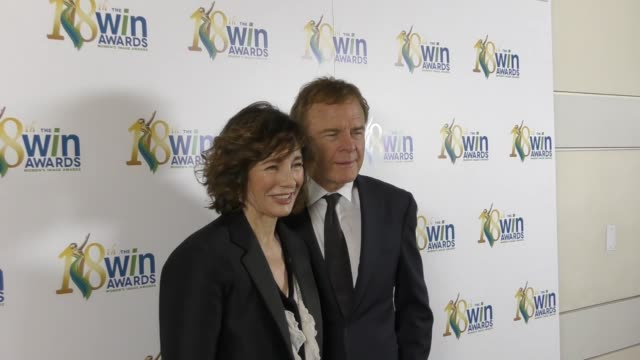 anne archer and terry jastrow at the 18th annual women's image awards at skirball cultural center on february 17, 2017 in los angeles, california. - anne archer video stock e b–roll
