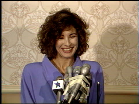 anne archer at the 1988 academy awards luncheon at the beverly hilton in beverly hills, california on march 29, 1988. - anne archer video stock e b–roll