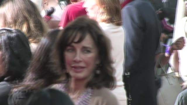 anne archer at the help premiere in beverly hills - anne archer video stock e b–roll