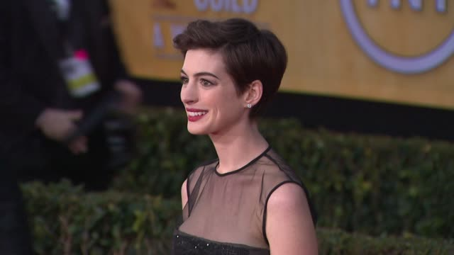 Anne Hathaway at 19th Annual Screen Actors Guild Awards Arrivals on 1/27/13 in Los Angeles CA